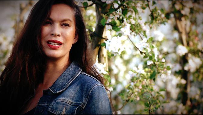 Miranda Melger clip